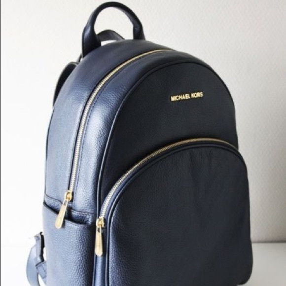 1b2fe1e50593 MICHAEL KORS Navy Blue Abbey Backpack in leather. M_5b69c0ff7ee9e249603291c4